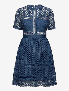 Emily dress - korta klänningar - indigo blue