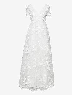 Flora gown - blondekjoler - ivory