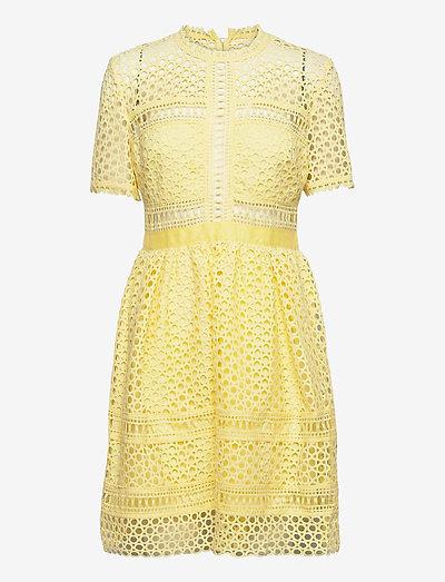 Emily dress - cocktailklänningar - lemon