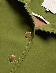 by Ti Mo - Tailored Jacket - lichte jassen - green - 2