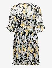 by Ti Mo - Chiffon Plisse Mini Dress - sommerkjoler - blooming - 1