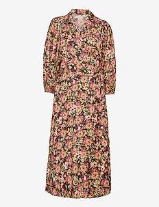 Delicate Wrap Dress - skjortklänningar - field