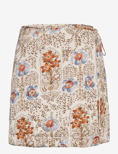 Autumn Drape Skirt - kort skjørt - vintage wallpaper