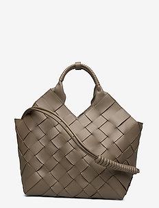 Misu L - fashion shoppers - kombu green