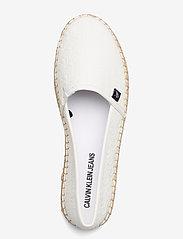 Calvin Klein - ESPADRILLE EMBOSSED PU - flache espadrilles - bright white - 3