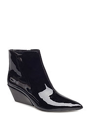 FREDA PATENT LEATHER - BLK