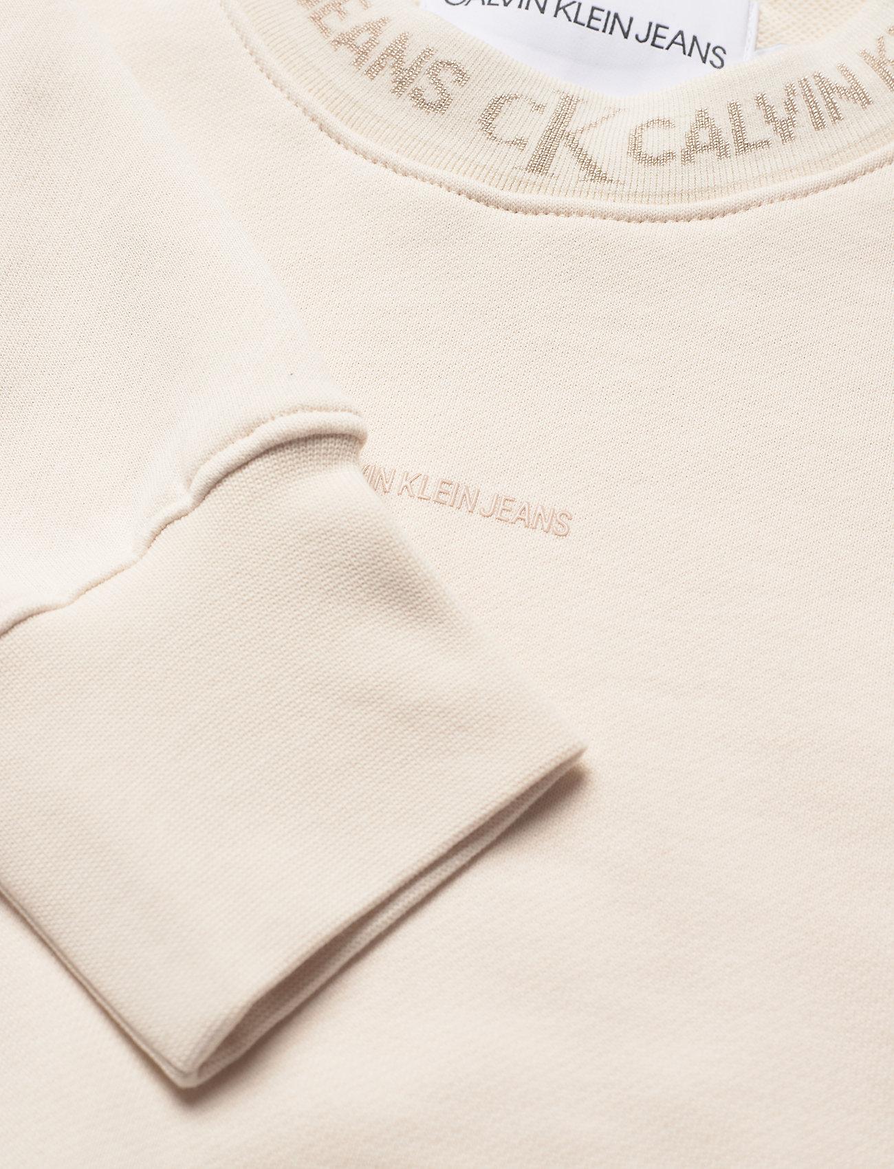 Calvin Klein Jeans - LOGO TRIM CREW NECK SWEATSHIRT - sweatshirts & hoodies - white sand - 2