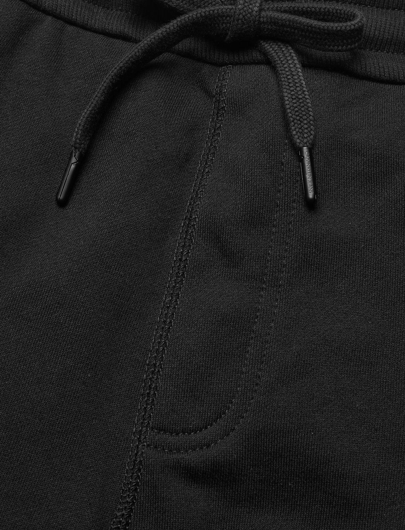 Calvin Klein Jeans - CARGO BADGE FLEECE PANT - cargobroek - ck black - 4