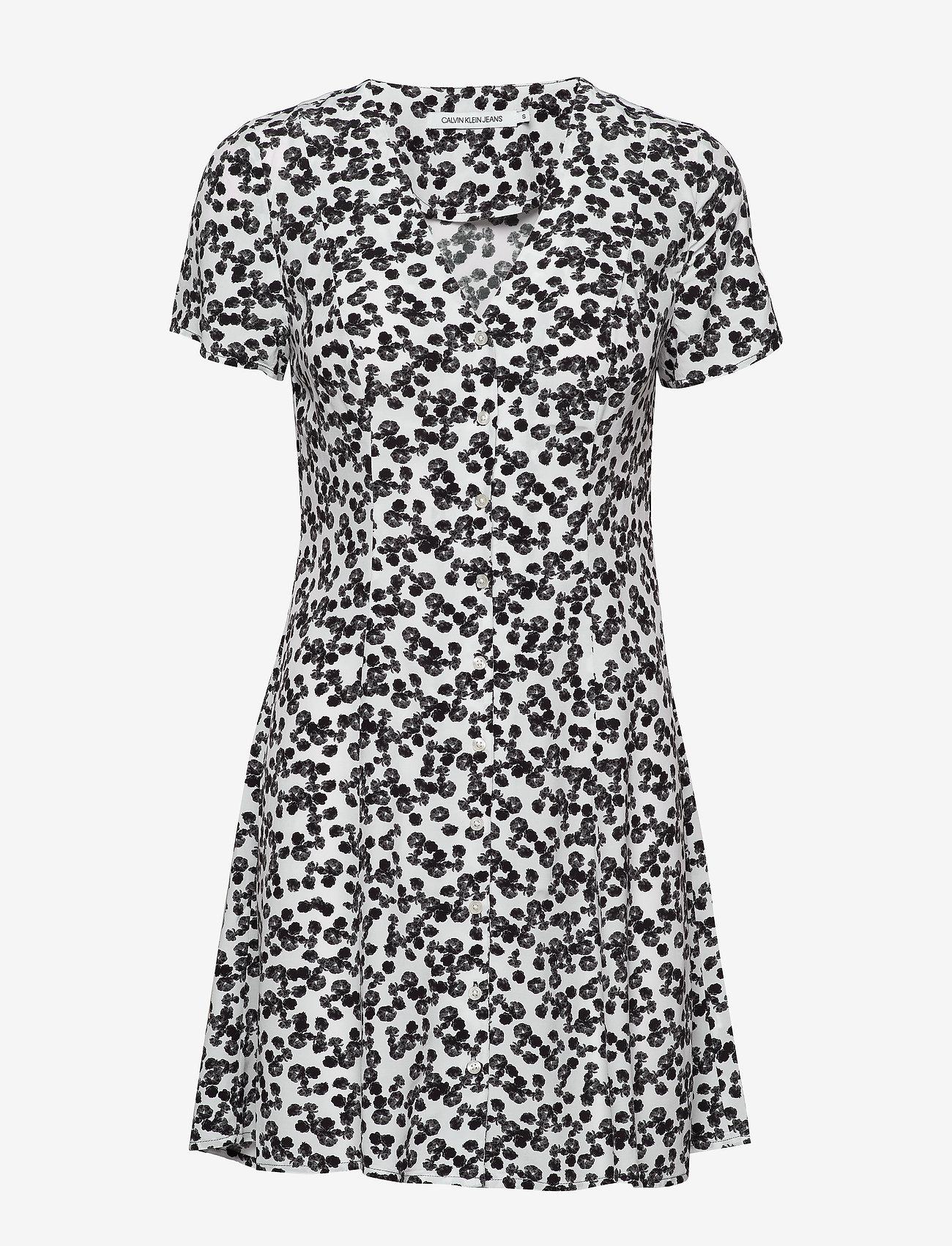 Calvin Klein Jeans - FLORAL  SS DRESS - hverdagskjoler - white with black peony floral - 0