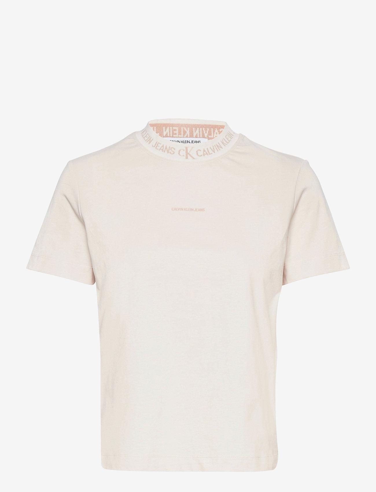 Calvin Klein Jeans - LOGO INTARSIA TEE - t-shirts - white sand - 0
