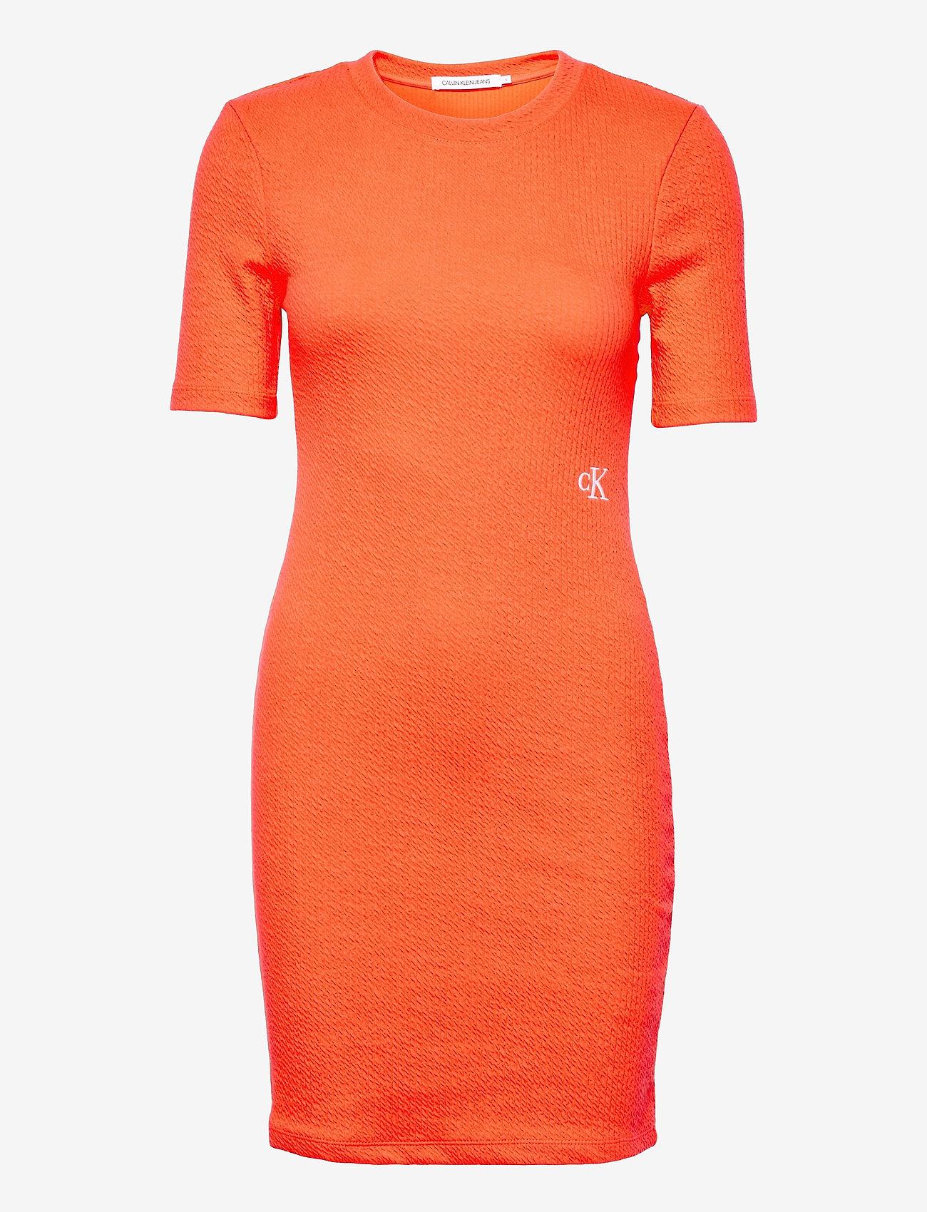 Calvin Klein Jeans - SLUB RIB 3/4 SLEEVES DRESS - sommerkjoler - shocking orange - 0