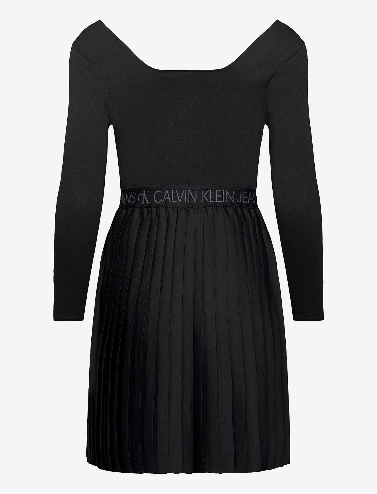Calvin Klein Jeans - LOGO WAISTBAND PLEATED DRESS - hverdagskjoler - ck black - 1