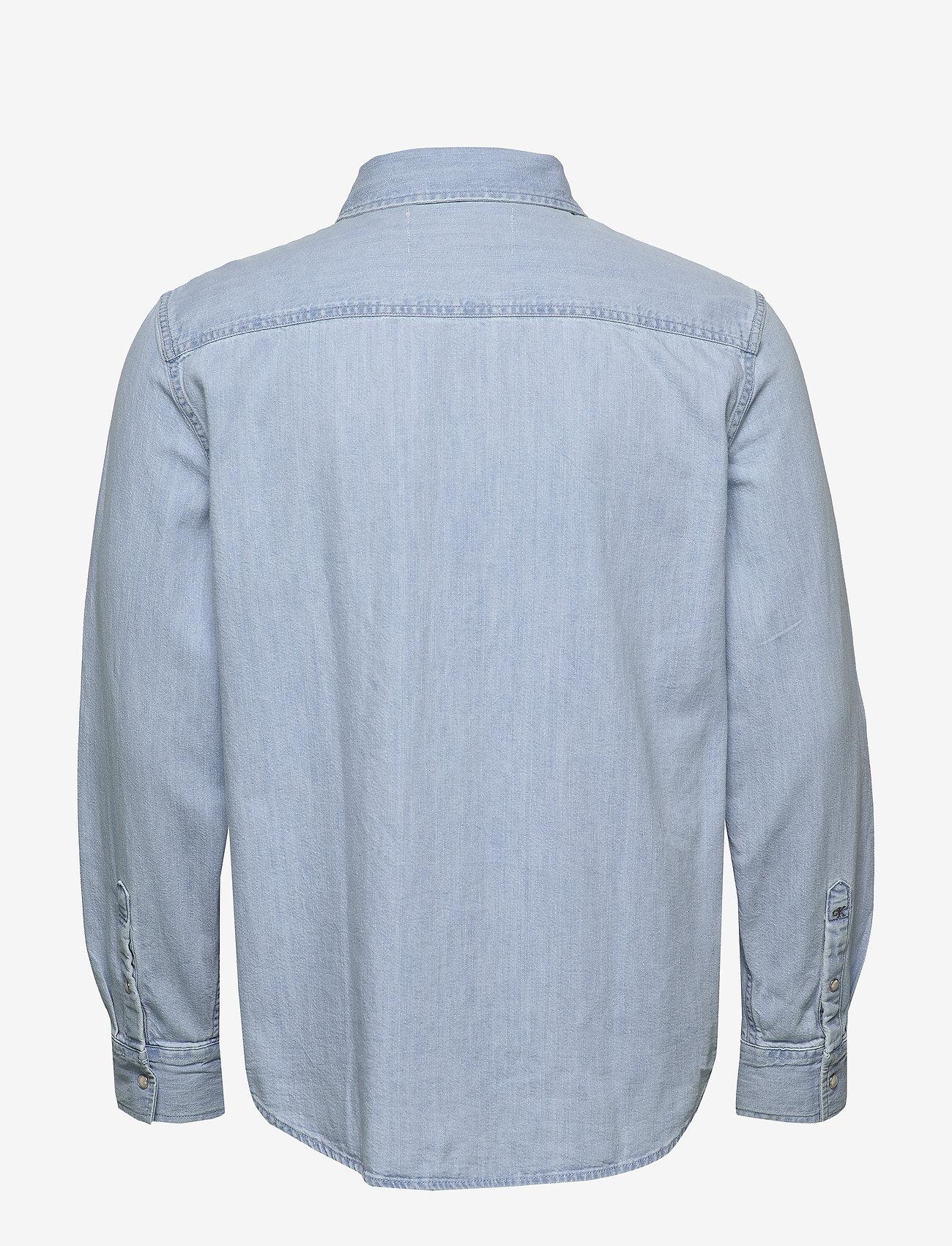 Calvin Klein Jeans - MODERN UTILITY SHIRT - denim overhemden - da040 bleached blue with embro - 1