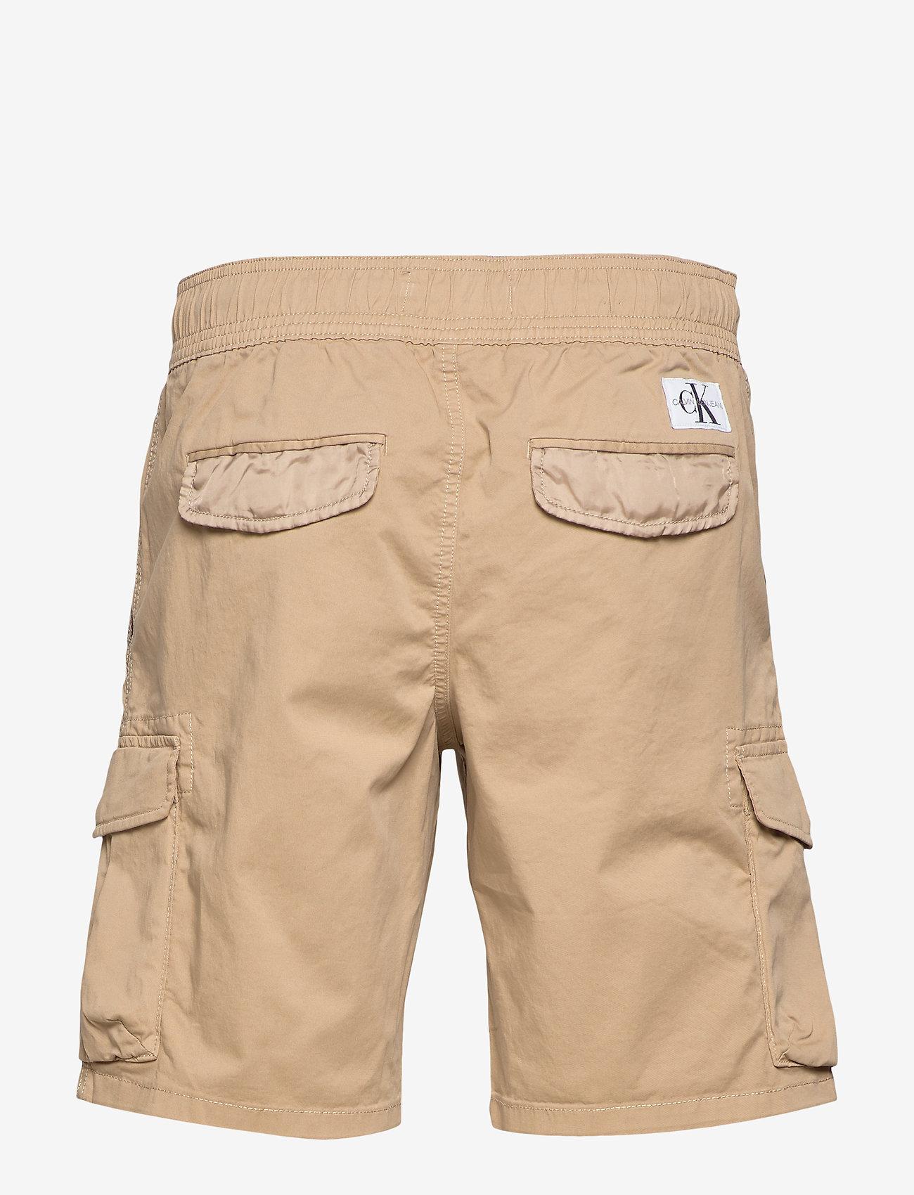 Calvin Klein Jeans - SIMPLE WASHED CARGO SHORT - cargo shorts - travertine - 1