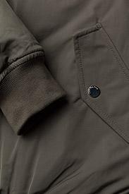 Calvin Klein Jeans - OLVA LW PADDED LOGO BOMBER - bomber jakker - dusty olive - 4