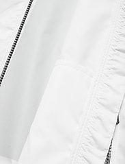 Calvin Klein Jeans - LARGE CK LOGO HOODED - kevyet takit - bright white - 5