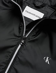 Calvin Klein Jeans - LARGE CK LOGO HOODED - kevyet takit - ck black - 3