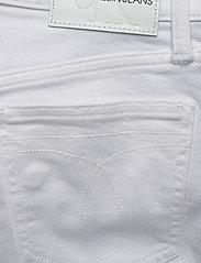Calvin Klein Jeans - WIDE LEG - flared jeans - da085 white - 4