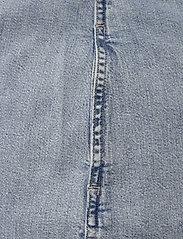 Calvin Klein Jeans - RELAXED SHIRT DRESS BELT - skjortekjoler - ab078 icn light blue belt - 5