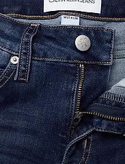 Calvin Klein Jeans - CKJ 011 MID RISE SKINNY - skinny jeans - zz001 mid blue - 3