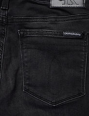 Calvin Klein Jeans - CKJ 011 MID RISE SKI - skinny jeans - zz002 washed black - 4