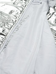 Calvin Klein Jeans - METALLIC WINDBREAKER - lichte jassen - silver metallic - 6