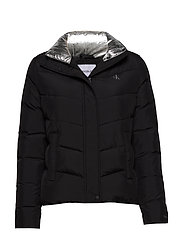 SLANTERED QUILTED FITTED JACKET - CK BLACK