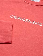 Calvin Klein Jeans - SHRUNKEN INSTITUTIONAL GMD CN - sweatshirts - island punch - 2