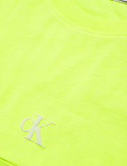 Calvin Klein Jeans - PUFF PRINT BACK LOGO T-SHIRT - crop tops - safety yellow - 2
