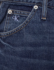 Calvin Klein Jeans - MOM JEAN - straight jeans - bb139 - dark blue utility - 2