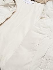 Calvin Klein Jeans - CK ECO PUFFER JACKET - fôrede jakker - soft cream - 6