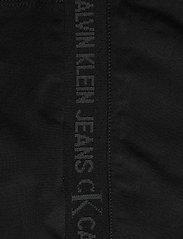 Calvin Klein Jeans - LOGO TRIM RACER BACK DRESS - sommerkjoler - ck black - 5