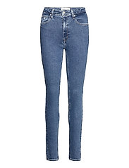 HIGH RISE SKINNY - DENIM MEDIUM