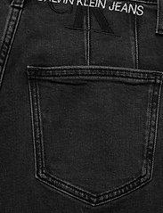 Calvin Klein Jeans - MOM JEAN - mammajeans - denim black - 4