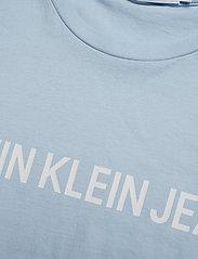 Calvin Klein Jeans - INSTITUTIONAL SLIM LOGO TEE - lyhythihaiset - skyway/white - 2