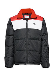 COLOR BLOCK DOWN PUFFER - CK BLACK /RACING RED