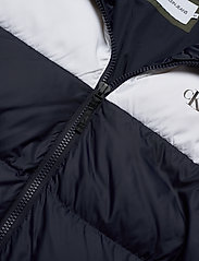 Calvin Klein Jeans - COLOR BLOCK DOWN PUFFER - kurtki puchowe - night sky / deep depths - 4