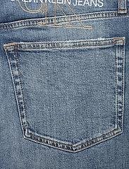 Calvin Klein Jeans - CKJ 026 SLIM - slim jeans - da020 bright blue embroidery - 4