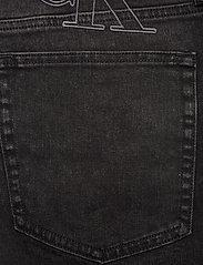 Calvin Klein Jeans - SLIM SHORT - denim shorts - da119 black with embro - 4