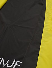 Calvin Klein Jeans - HOODED BLOCKING NYLON JACKET - light jackets - solar yellow/black - 7
