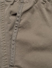 Calvin Klein Jeans - SIMPLE WASHED CARGO SHORT - cargo shorts - new basil - 2