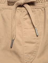 Calvin Klein Jeans - SIMPLE WASHED CARGO SHORT - cargo shorts - travertine - 3