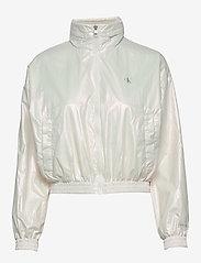 Calvin Klein Jeans - IRIDESCENT WINDBREAK - lichte jassen - iridescent white - 1