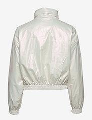 Calvin Klein Jeans - IRIDESCENT WINDBREAK - lichte jassen - iridescent white - 2
