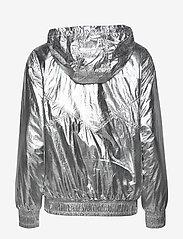 Calvin Klein Jeans - METALLIC WINDBREAKER - lichte jassen - silver metallic - 2