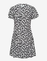 Calvin Klein Jeans - FLORAL  SS DRESS - hverdagskjoler - white with black peony floral - 1