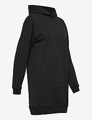 Calvin Klein Jeans - LOGO TRIM HOODIE DRESS - hverdagskjoler - ck black - 3