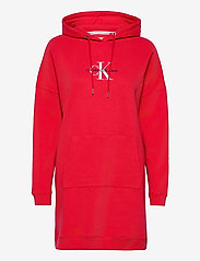 Calvin Klein Jeans - MONOGRAM HOODIE DRESS - hverdagskjoler - racing red - 0