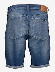 Calvin Klein Jeans - REGULAR SHORT - farkkushortsit - da033 bright mid - 2