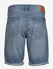 Calvin Klein Jeans - REGULAR SHORT - farkkushortsit - da037 light blue - 1
